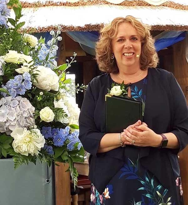Julie Hunter Celebrant